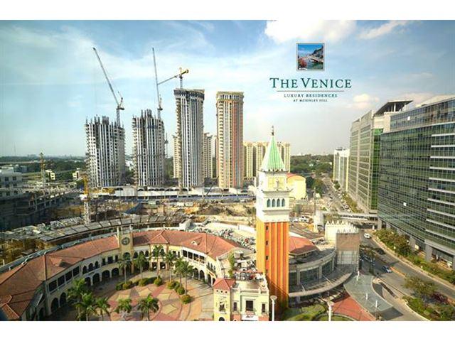 The Venice Luxury Residences Property Slides